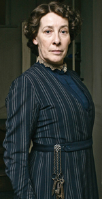 phyllis-logan-as-mrs-hughes-in-downton-abbey-126150857