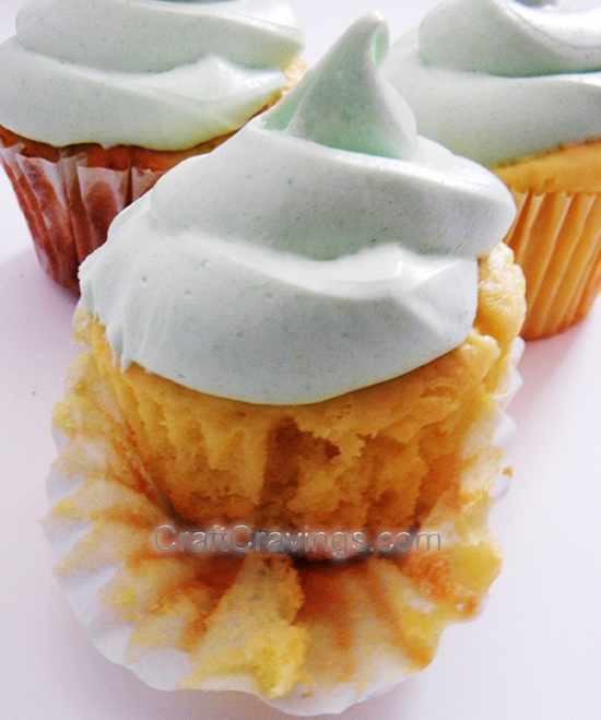 Lemon Greek Yogurt Cupcakes with Lime Jello Frosting Recipe #recipe #cupcakes