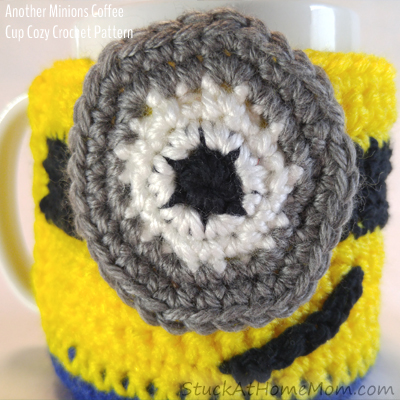 Another Minions Coffee Cup Cozy Crochet Pattern - @stuckathomemom