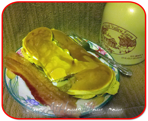 Delicious Bisquick Bacon Pancakes3