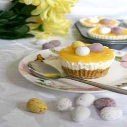 Mini Lemon Cheesecakes With Easter Eggs