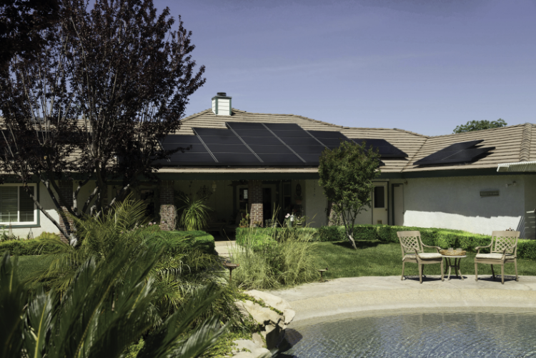 Do You Have the Right Roof for Solar Panel Installation? 4 Ways to Tell